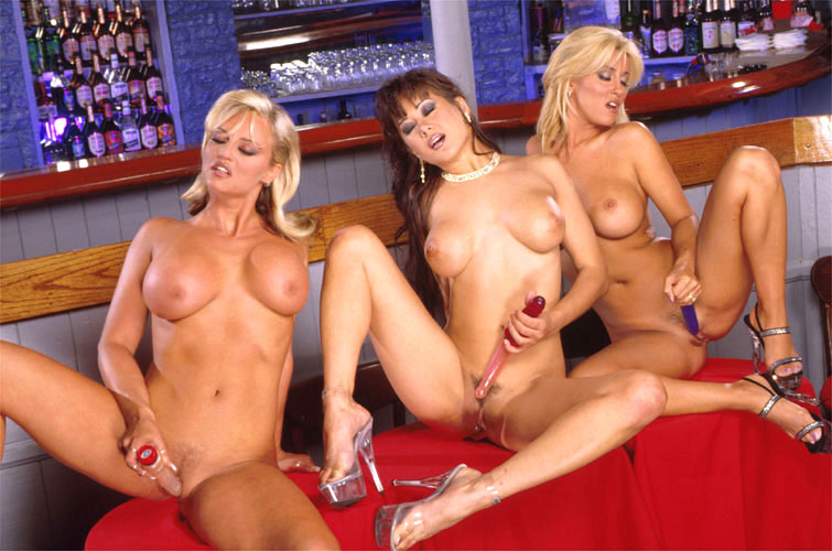 sex-free-women-of-charlies-angels-nude-nude-boy-and